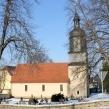 Kirche Nausitz (Außen mit Friedhof)