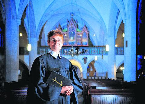Kirche St. Andreas Eisleben mit Pfrn. Hellmich