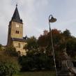 St. Georg-Kirche Langenroda außen mit Kriegermahnmal