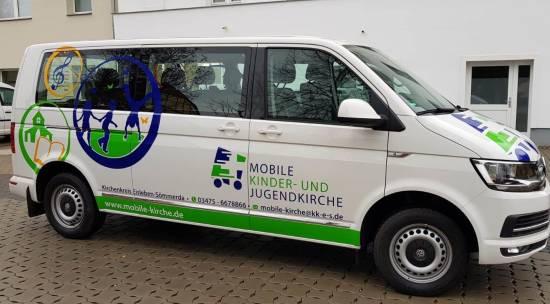 Mobile Kinder- und Jugendkirche Bus